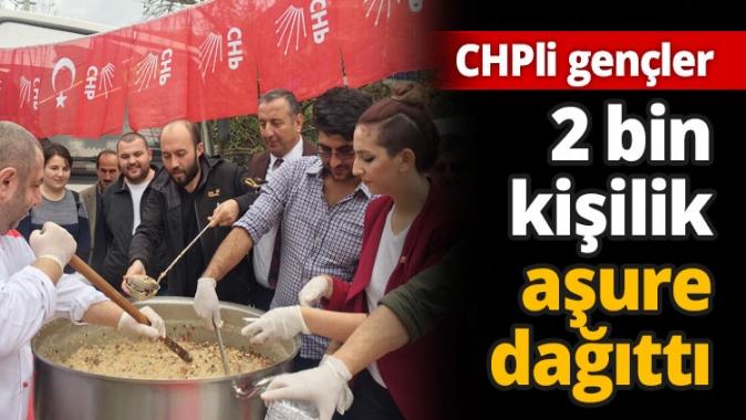 CHP Kartepeli gençler 2 bin kişilik aşure dağıttı