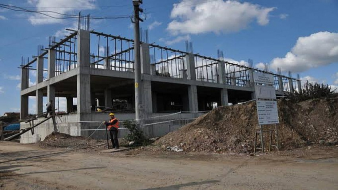 Kaymakamlık inşaatında intihar girişimi