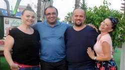 3 kardeş de yaptırdı 2 yılda 210 kilo gitti