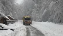 Büyükşehir ekipleri 7/24 karla mücadele ediyor