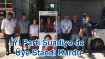 İYİ Parti Suadiye de Üye Standı Kurdu